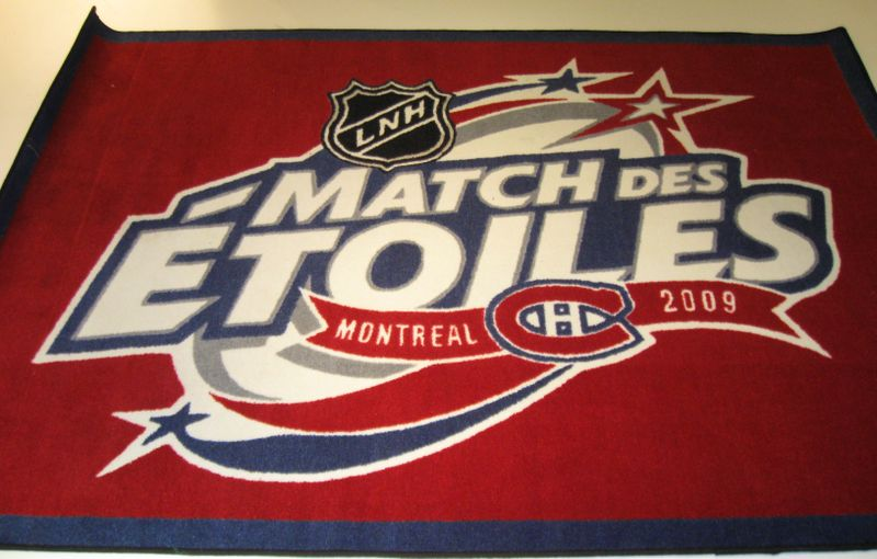 2009 NHL All-Star Game Rug Auction