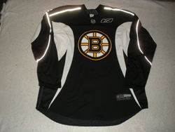 Zdeno Chara Practice-Worn Jersey Auction